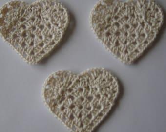 set of 3 hearts Ecru crocheted height 4.5 cm
