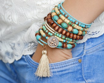 Bracelet made of pressed turquoise, ethno style, Boho style, vegan bracelet, wooden beads, wire with memory, for gift, for woman