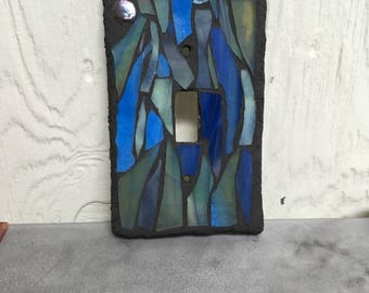 Single toggle blue and green stained glass mosaic light switch cover plate