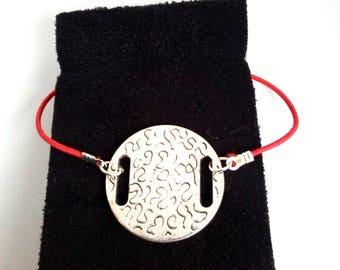 Red elastic bracelet