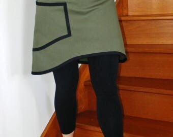 Khaki and black asymmetric short skirt with Pocket
