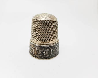 Prince Charles and Lady Diana- hm silver wedding thimble. 1981