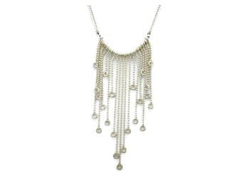 Necklace tendrils