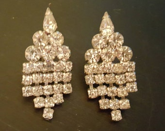 Vintage 1940 - 1950 rhinestone screw back earrings