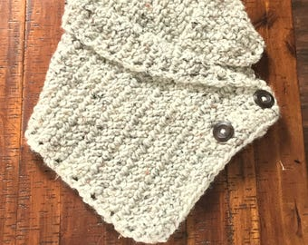 Womans Button Cowl, Tweed, Crochet