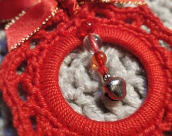 Mini Christmas garland in crochet with jewel
