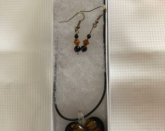 Heart pendant with matching earrings