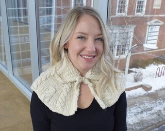 Claire's Cabled Capelet