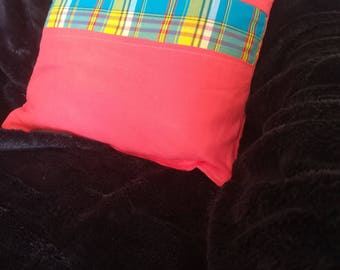 Cushion in linen and cotton