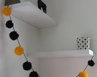 Decorative Garland design Pom Pom