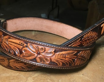 Floral tooled 2-tone belt