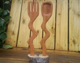 Wiggle Salad Tongs and Stand