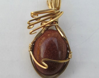 Pendant Gold stone 15x20 mm  14K gold filled wire