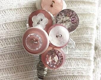 Roseberry - Lapel Pin