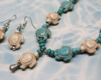 Sea Turtle Necklace and Earring Set, Glass and Stone Beads, Beaded Jewelry, Beach Jewelry