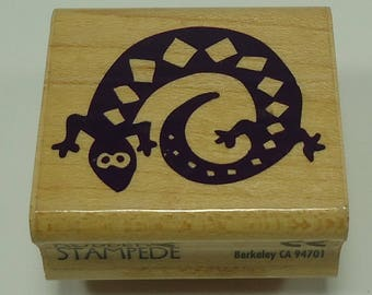 Spiral Gecko Wood Mounted Rubber Stamp By Rubber Stampede A419C