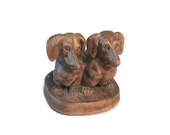 Wood carving of Dachshunds - Circa 1940s to 1950s - Wiener dogs - Doxies - Heinzeller style