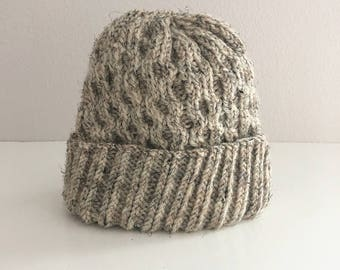 Heather oatmeal wool cable knit child's hat