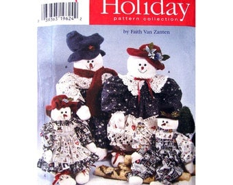 Holiday Decor Pattern Simplicity 7399 Christmas Snowman, Snow Woman Clothes