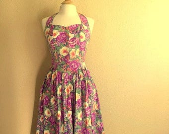 Vintage PURPLE FLORAL Halter Sun Dress With POCKETS / 80's Does 50's / Sweetheart Neckline / Rose Buttons / Tea Length / Womens Medium Large