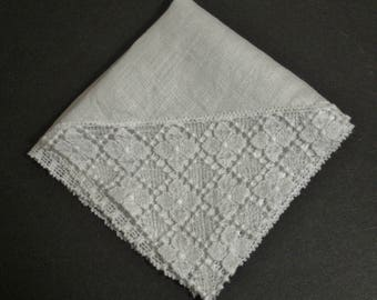 Vintage Wedding Hanky with Lace Edge & Corner