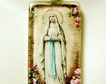 Our Lady of Lourdes pendant with chain - GP01-237
