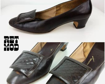 Vintage 60s 70s Dark Brown Leather Pumps with Leather Buckle by Paradise Kitten