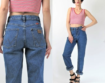 Vintage Wrangler Jeans Womens High Waist Jeans Soft Stretchy Medium Wash Denim Cowboy Straight Leg Jeans Perfect Boyfriend Jeans (XS) E7008