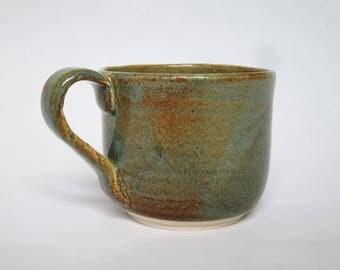 Green Handmade Coffee Mug, Super Shiny Glaze, Minimalist Pottery Mug, White Bottom with Artist's Signature