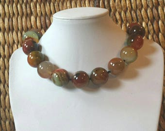 Big bold Agate Frieda Style choker necklace