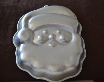 Santa Cake Pan/Wilton Holiday Pan/Aluminum Cake Pan/Christmas Cake Pan/1991