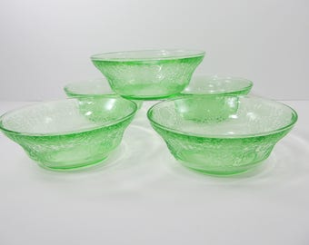 Florentine No. 2 Poppy Green Berry Bowls Poppy No. 2 Green Berry Bowls Hazel Atlas Glass 1930's
