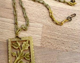 Vintage celluloid floral pendant necklace