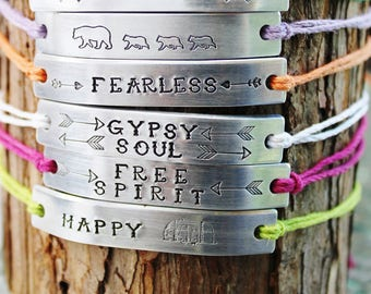 SET of 10 Friendship Bracelets BFF Custom Hand Stamped Family Friends Name Tie On Hemp Cord  Personalized Bulk Gift For Teens Church Group
