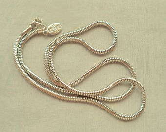 Signed GIVENCHY Paris New York 1975 Silver Tone Snake Chain Necklace 18 Inches