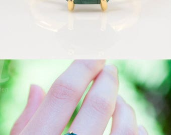 Green Raw Emerald Ring Gold, May Birthstone Ring, Stackable Birthstone Ring, Stacking Ring, Gold Ring, Marquise Prong Set Ring, Gift for Her