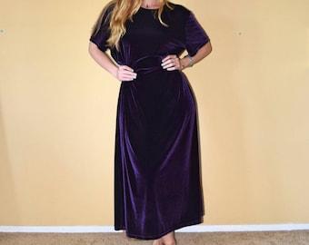 Vintage 90s Dark Purple Short Sleeve Velour Velvet Oversize Dress Womens
