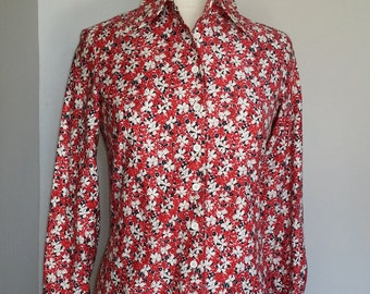 Anne Klein for Saks Fifth Ave. Classic button down shirt Red Blue floral FREE SHIP