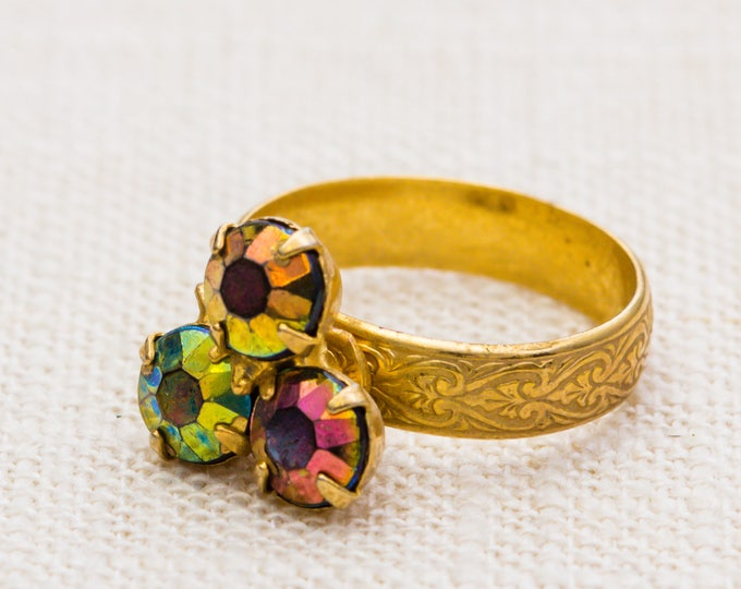 Three Stone AB Iridescent Vintage Ring Gold Floral Etched Band Adjustable 7RI
