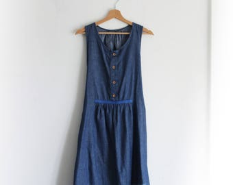 Women's chambray dress, summer dress, sundress, cotton dress, denim dress, nursing dress. Ethical clothing made in Italy. Made to measure