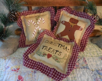 Primitive Christmas Treats Bowl Filler Tucks Candy Canes Gingerbread Man Painted Folkart