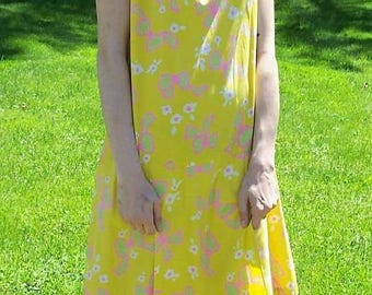 Vintage 1960s Ladies Yellow Flower Power Print Mod Skorts Culottes Romper Dress Large Only 15 USD