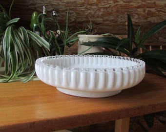 Vntg Centerpiece Milkglass Bowl