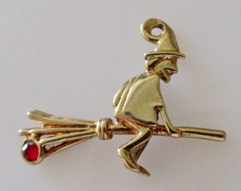 9ct Gold Witch on a Broomstick Gem Set Charm or Pendant