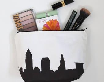 Cleveland City Makeup Bag - Skyline Silhouette