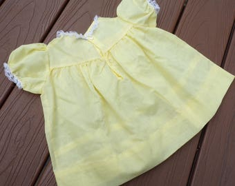 VINTAGE BABY DRESS yellow 60's 6 - 9 months deadstock