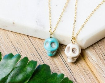 Dainty skull stone necklace | Gold plated layering necklace | Gifts for her under 20 | Stone necklace | Delicate choker | Skull jewelry |