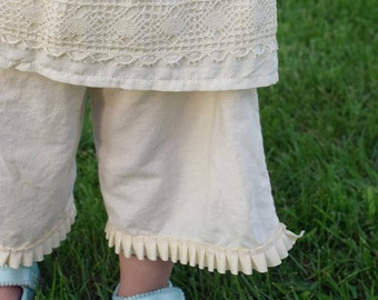 Linen Britches with Pleated Creme Lace Size 3T Ellie Ann and Lucy