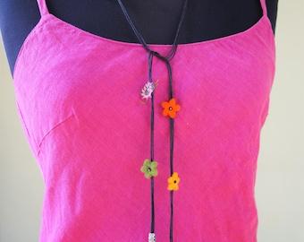 Necklace, Felt Necklace, Flower Necklace, Oya Necklace, Boho Necklace, Needle Lace Necklace, Felt Jewelry, Wool Necklace, One Of A Kind