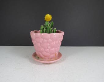 Pink Pottery Planter // Vintage Pottery Flower Pot Retro Round with Saucer Base Mid Century Modern Planter Dish Solid Color